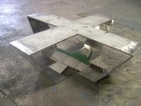 Estructura de mesa de hierro cromo brillo